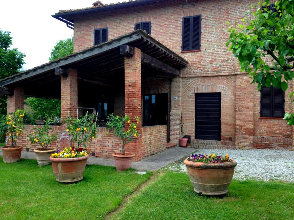 Lovely Tuscan Country House