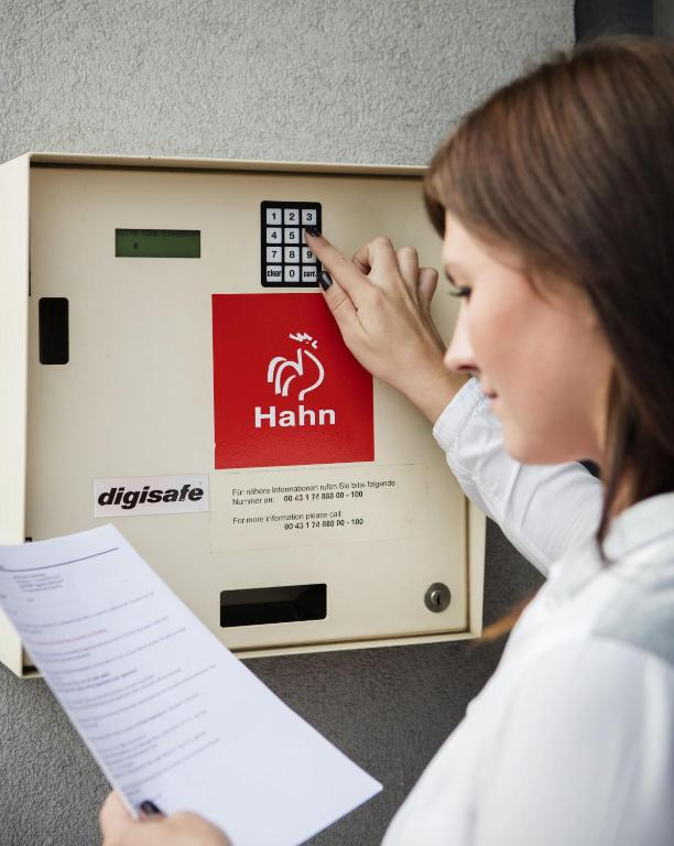 Hahn Boardinghouse Vienna City