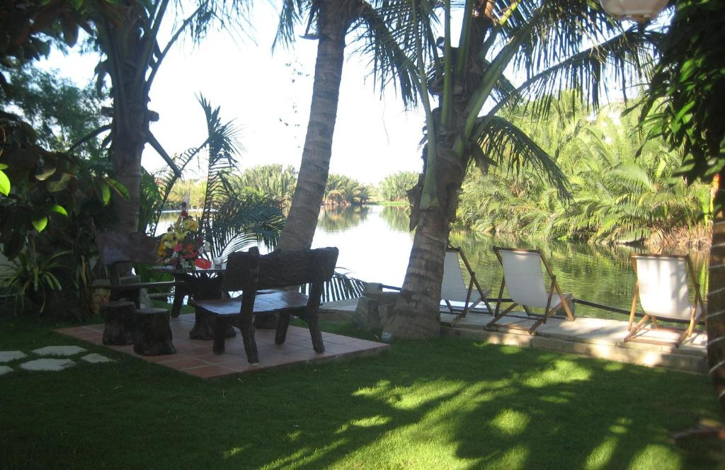 A porch or other outdoor area at CoCo Riverside Homestay