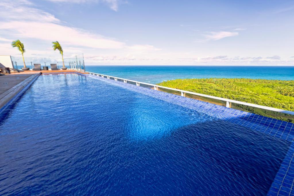 A piscina localizada em Bugan Paiva by Blue Tree ou nos arredores