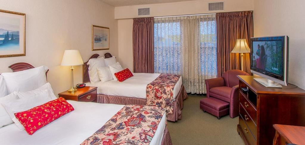 A room at Historic Anchorage Hotel