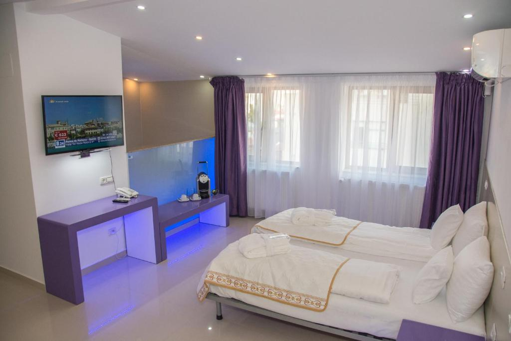 A room at Hotel Christina Plus