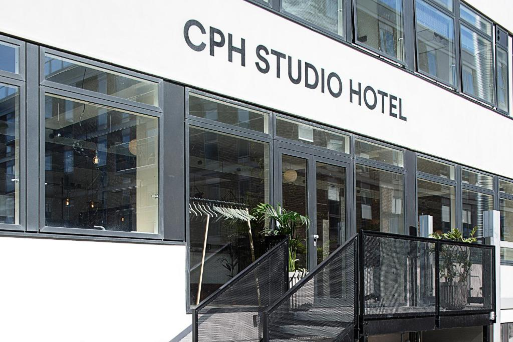 The facade or entrance of CPH Studio Hotel