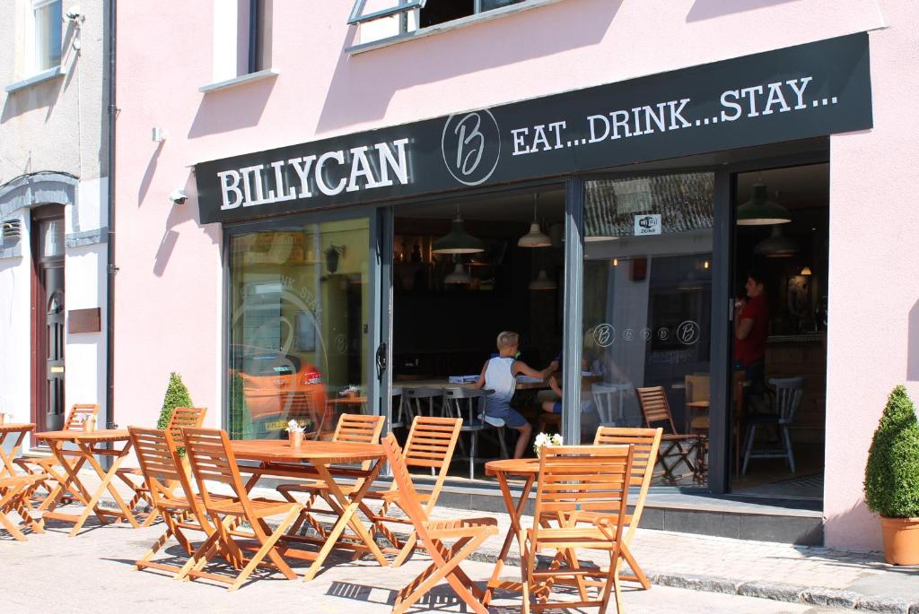 A porch or other outdoor area at Billycan