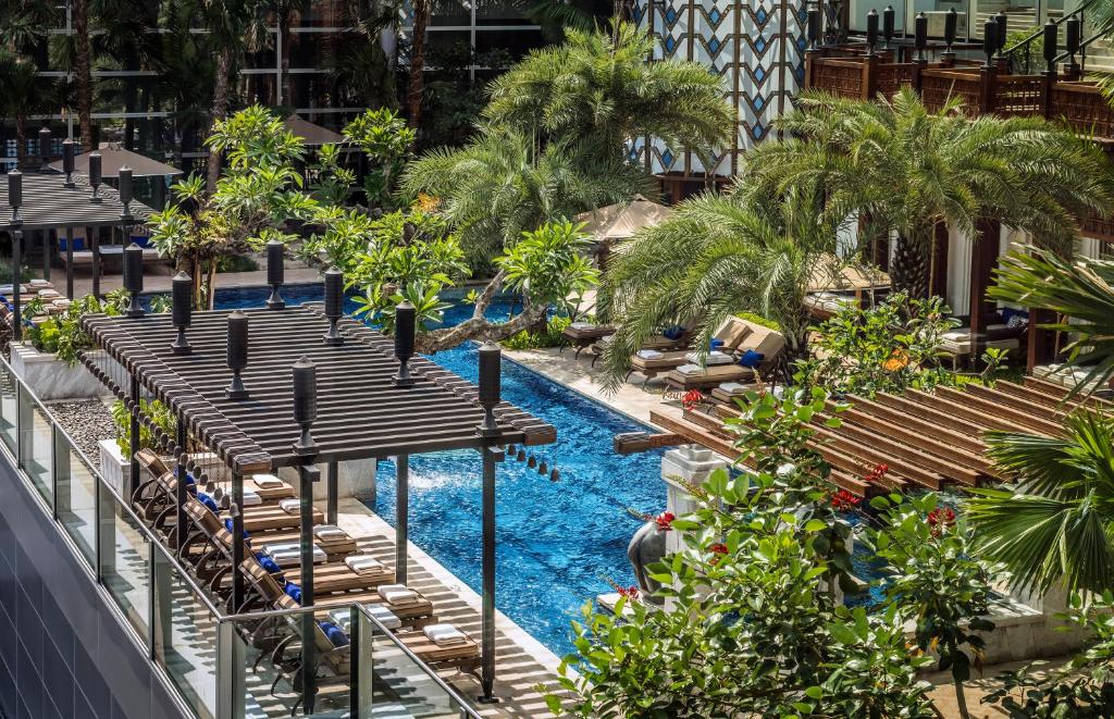 A view of the pool at Four Seasons Hotel Jakarta or nearby