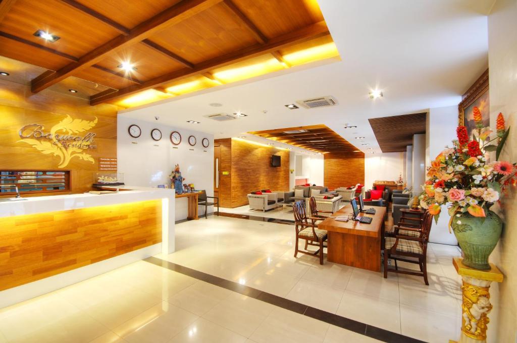 Лобби или стойка регистрации в Baywalk Residence Pattaya