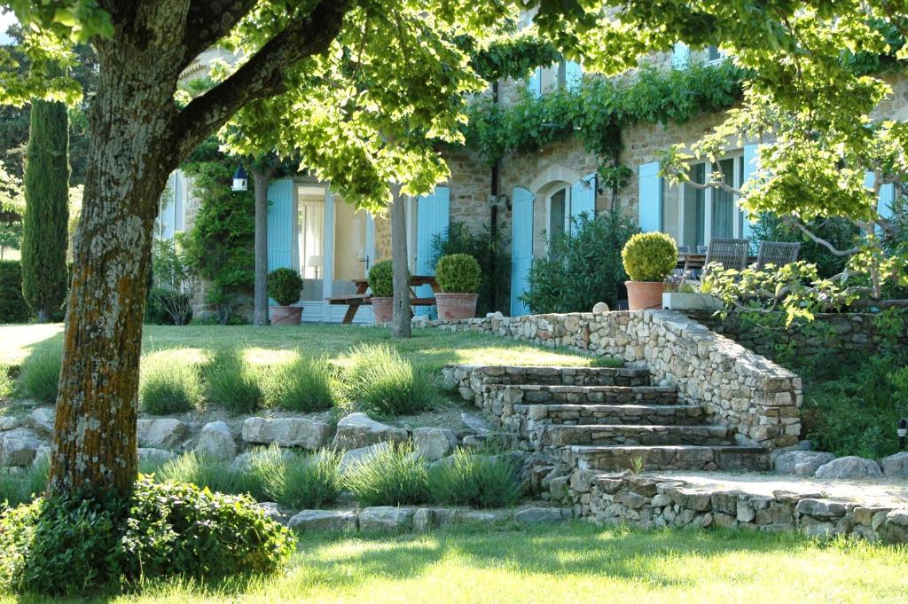 A porch or other outdoor area at Mas de L'Adret