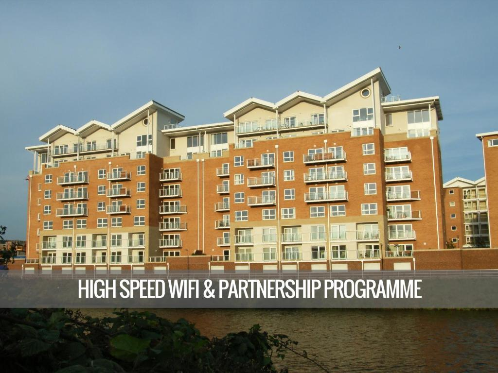 Apartments at Century Wharf - Laterooms