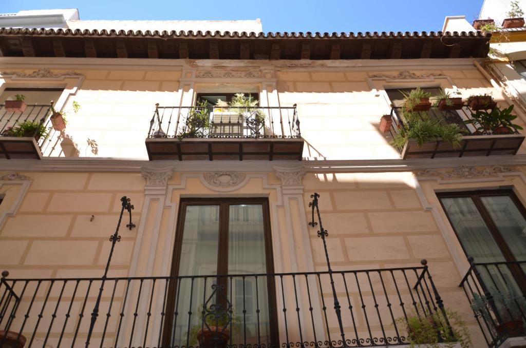 Un balcón o terraza de Apartments Catedral Historic Center