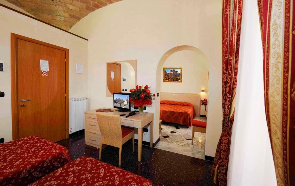 A seating area at Hotel Campidoglio