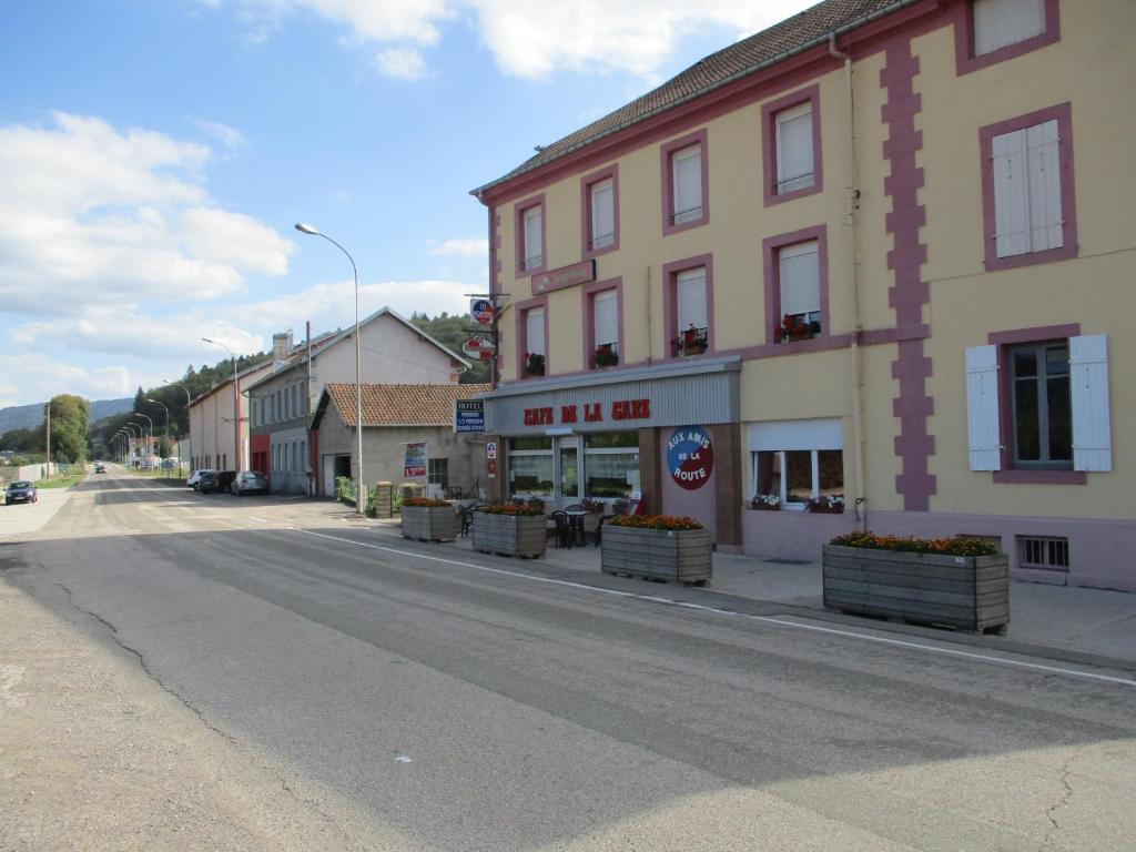Aux Amis de la Route Pouxeux, France