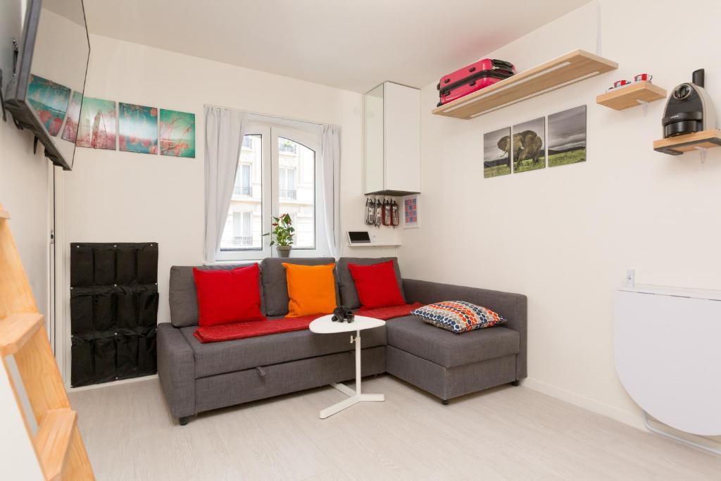 A seating area at Notre-Dame luxury Suite in Saint-germain des prés Latin quarter