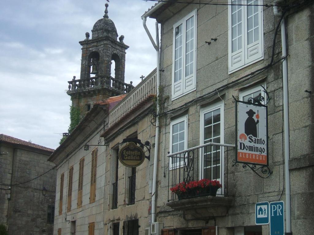 The facade or entrance of Albergue Santo Domingo