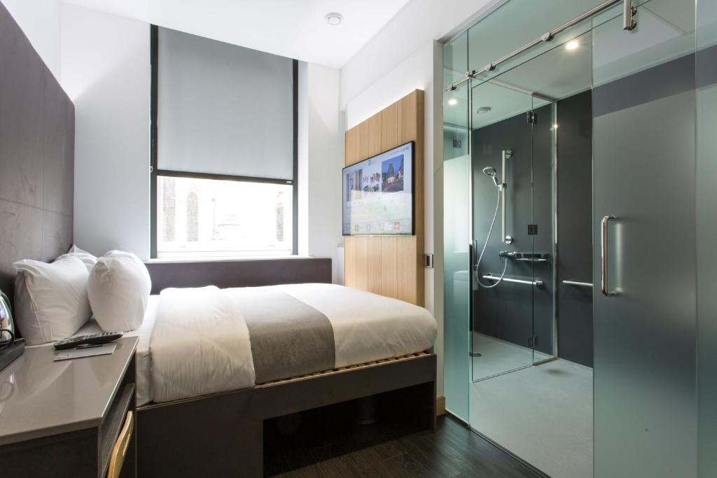 A room at The Z Hotel City