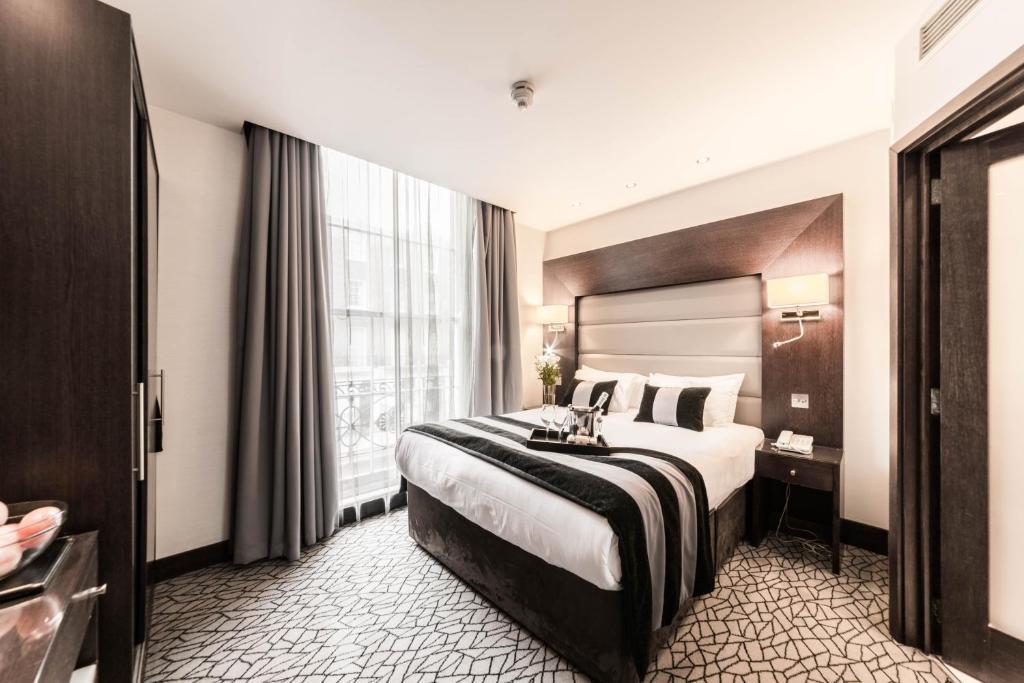 A room at Park Avenue Baker Street