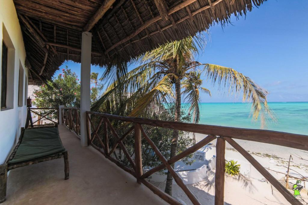 A balcony or terrace at Red Monkey Beach Lodge