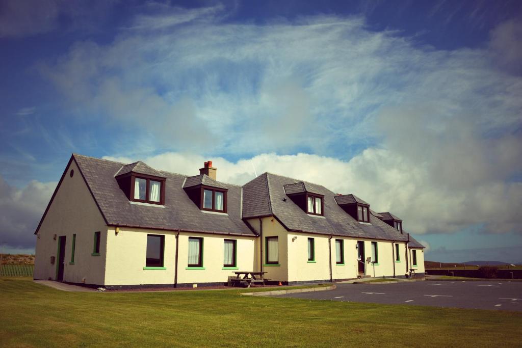 A garden outside Decca - Self Catering Shetland