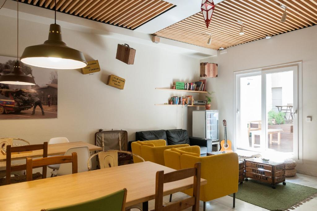 The lounge or bar area at The Nomad Hostel&Pension
