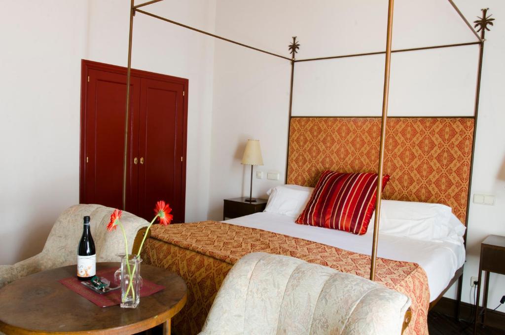 A room at Palacio Rejadorada