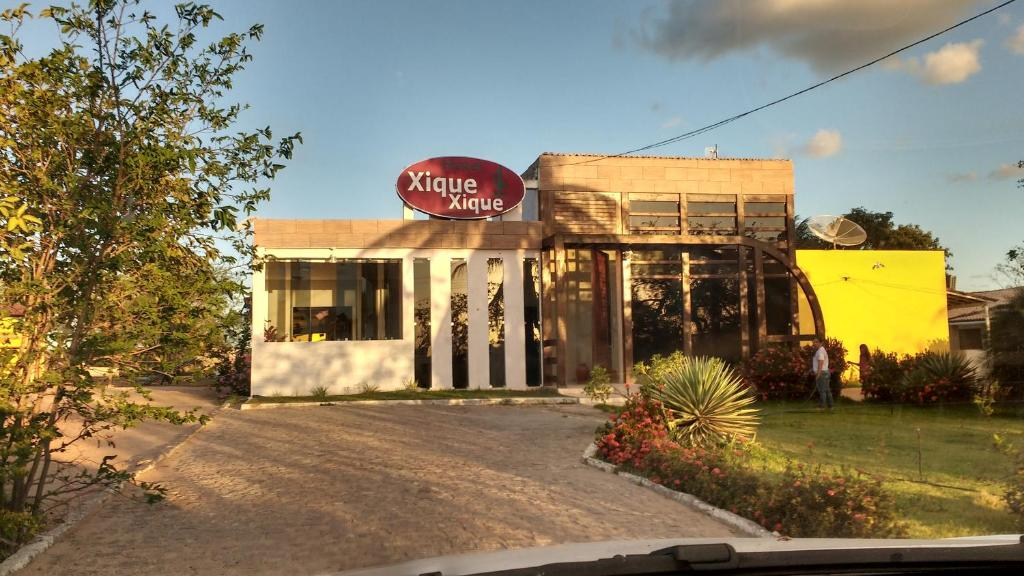 A fachada ou entrada em Hotel Xique Xique