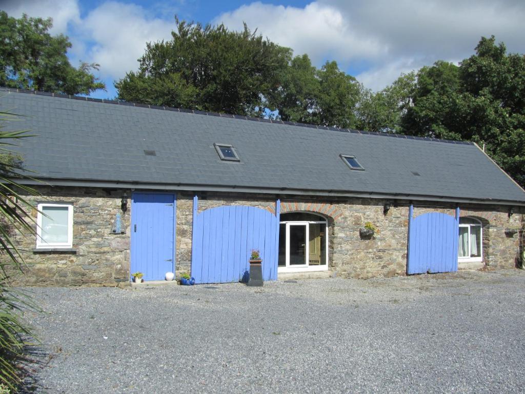 The facade or entrance of Barn Conversion