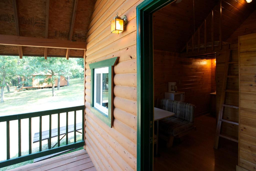 Arrowhead Camping Resort Loft Cabin 23