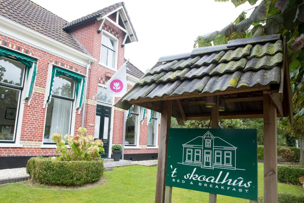 Bed And Breakfasts In Twijzel