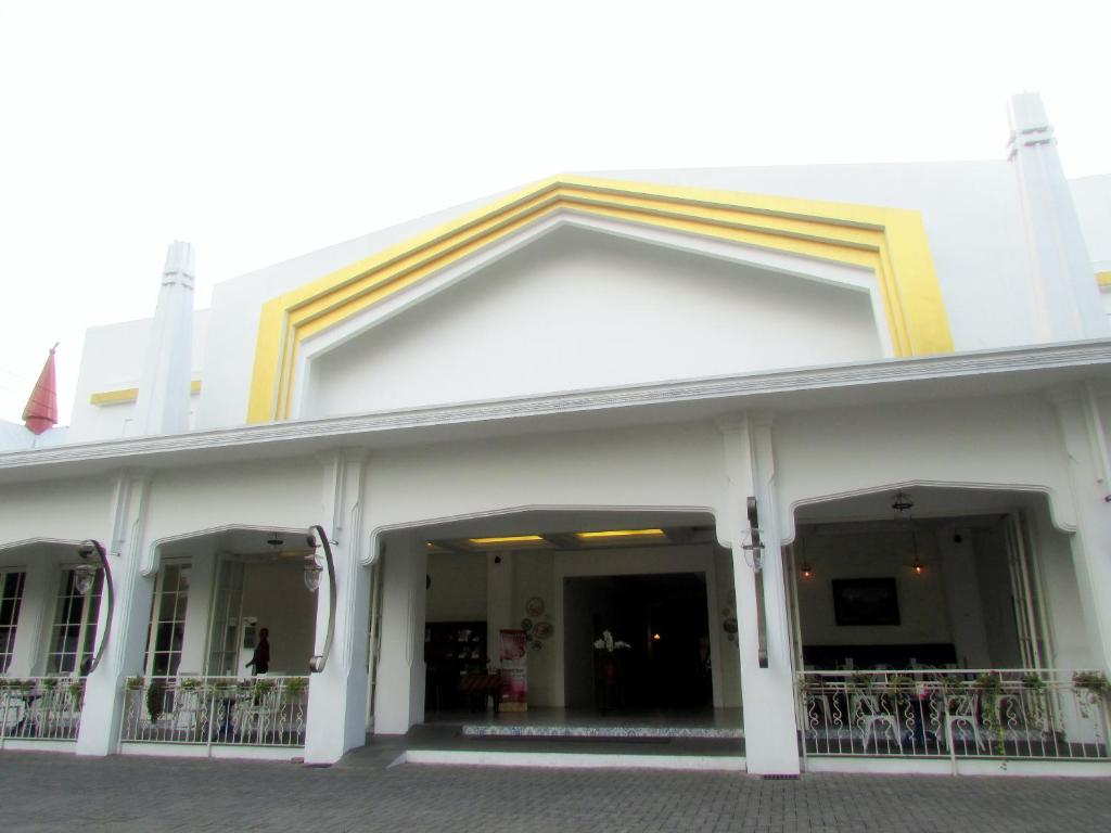 Riche Heritage Hotel Malang Indonesia Booking Com