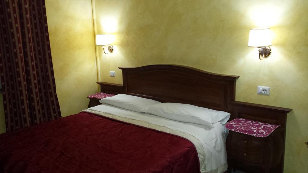 A room at 3 Lati di Pitagora B&B
