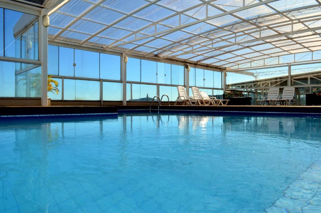 Piscina en o cerca de Mar de Canasvieiras Hotel e Eventos