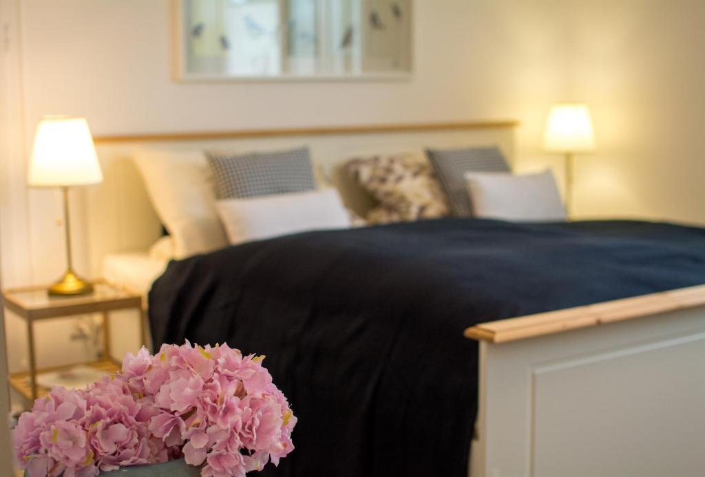 A bed or beds in a room at Eulennest-OWL