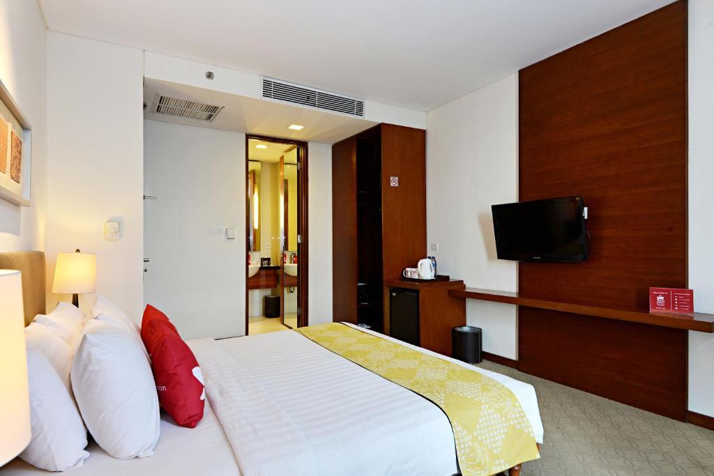 Hotel Zen Premium Malioboro Gajah Mada Yogyakarta Indonesia Booking Com