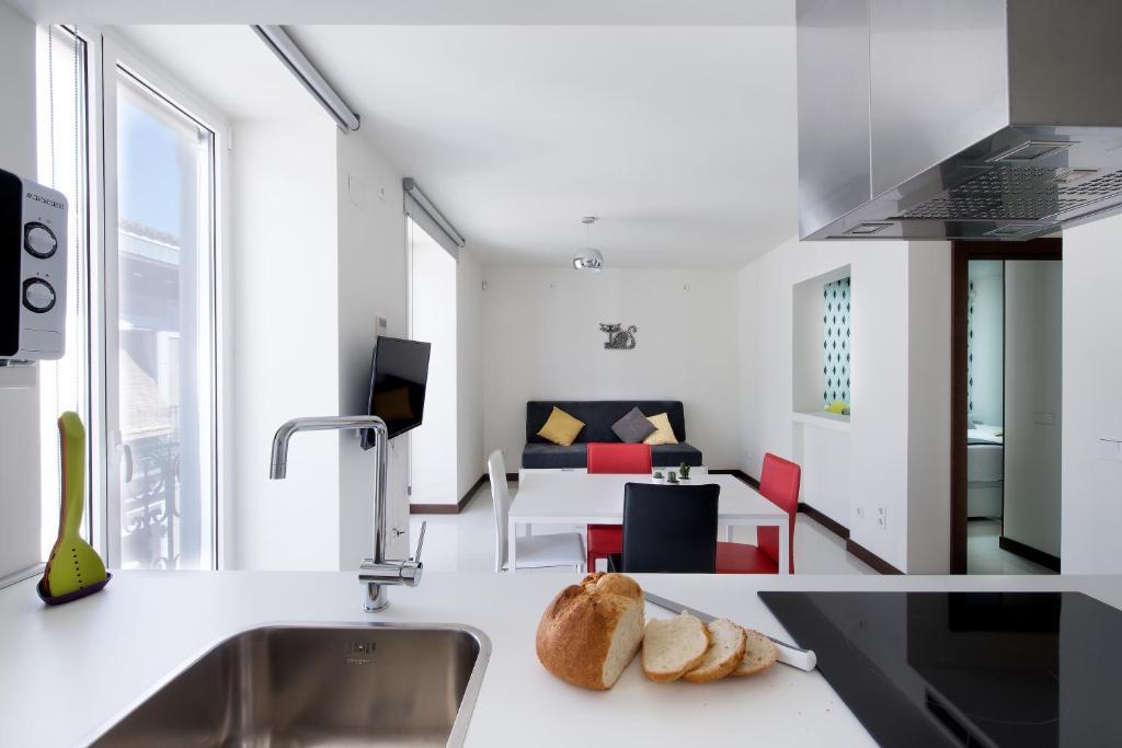 Roisa Suites, Madrid