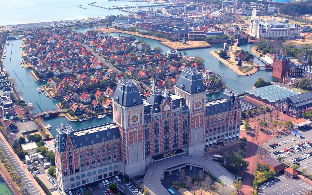 A bird's-eye view of Hotel Okura JR Huis Ten Bosch