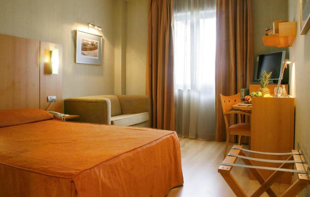 A room at Posadas de España Malaga