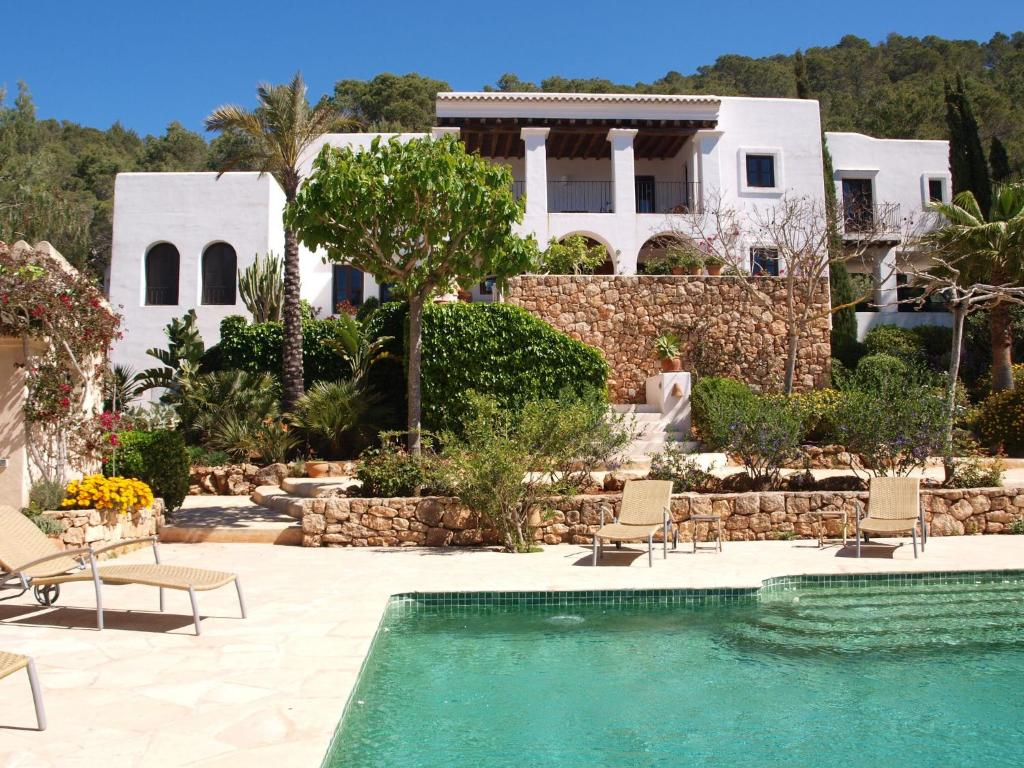 Spacious Mansion in Ibiza with Swimming Pool