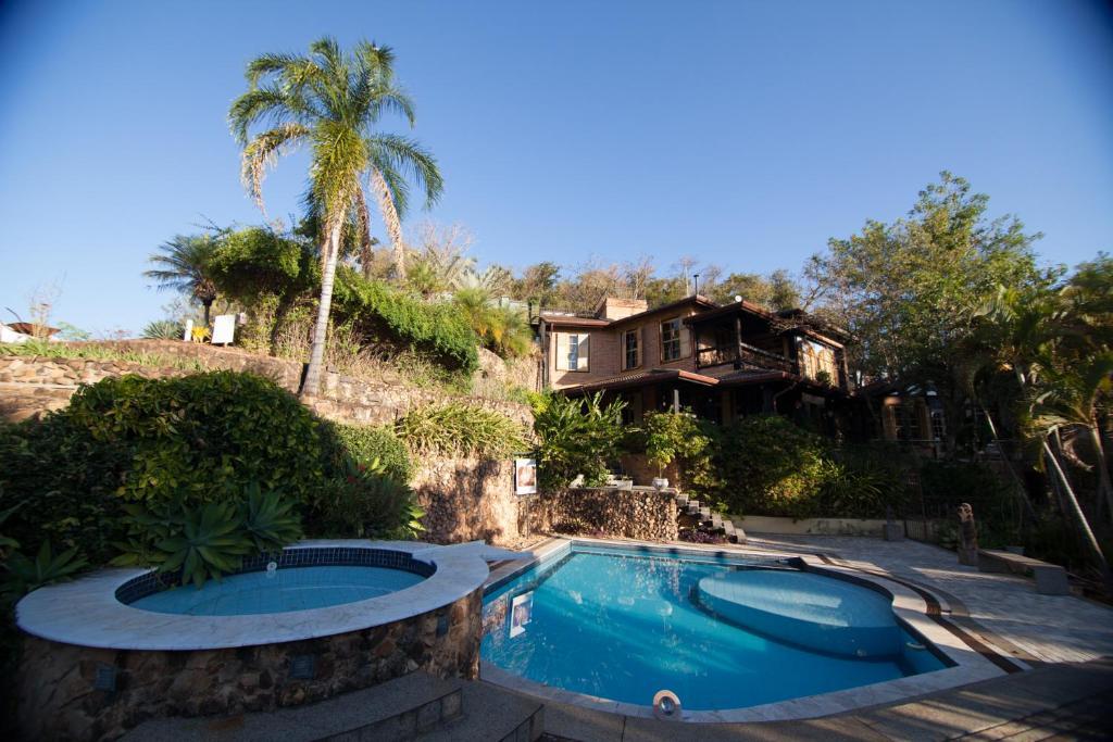 A piscina localizada em Gloc Villa ou nos arredores