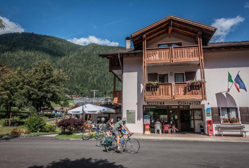 Appartamenti Camping Val Rendena