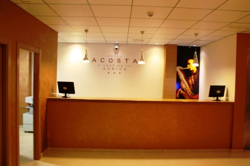 The lobby or reception area at Hotel Acosta Ciudad de la Música