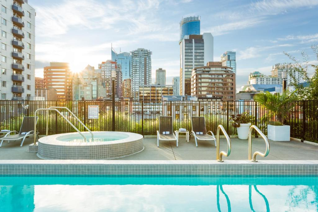 The swimming pool at or near LEVEL Vancouver - Yaletown Seymour