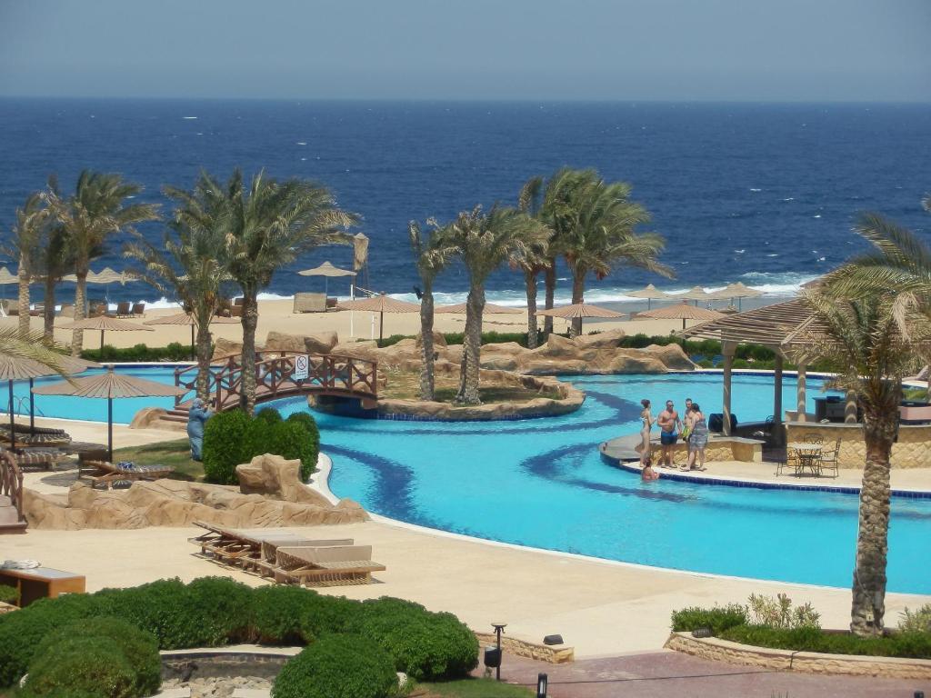 Uitzicht op het zwembad bij Coral Hills Resort Marsa Alam of in de buurt