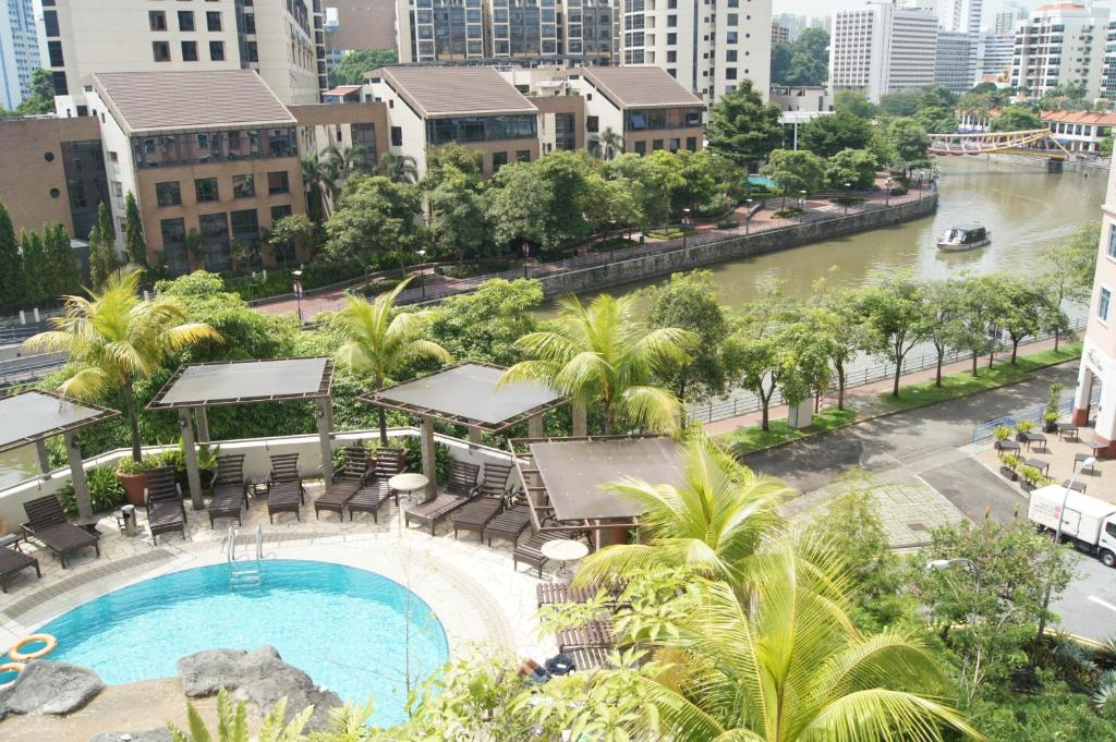 A view of the pool at Robertson Quay Hotel (SG Clean) or nearby