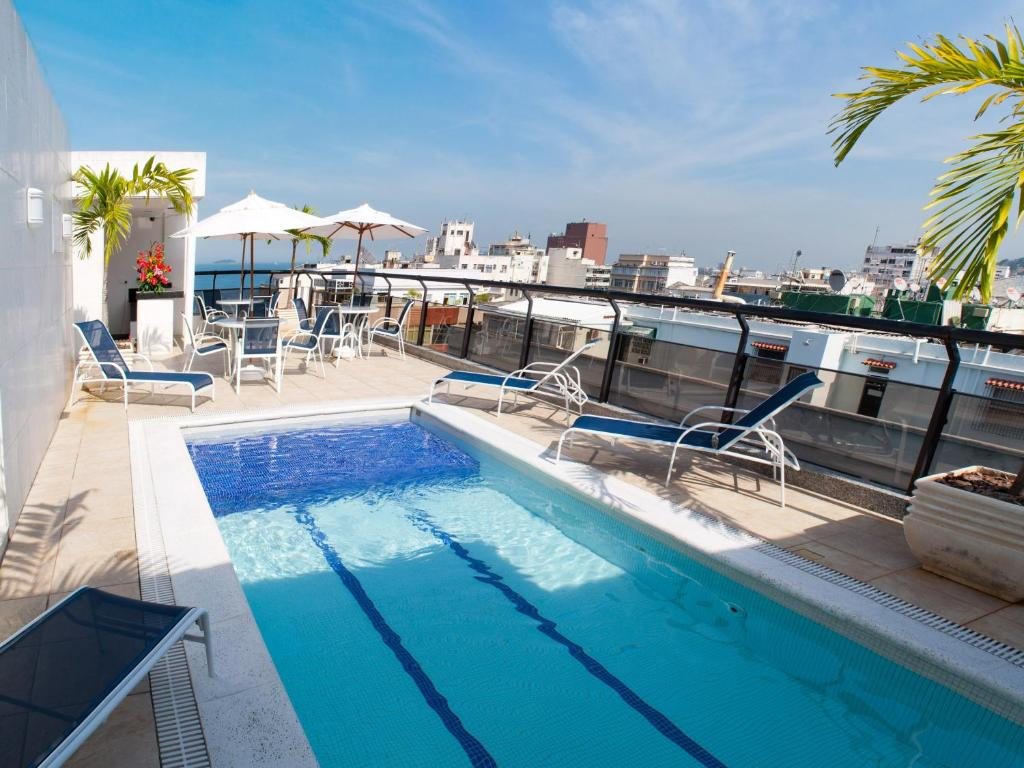 The swimming pool at or near Hotel Nacional Inn Copacabana