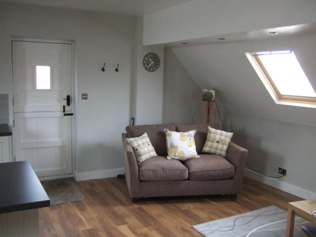 A seating area at Maltings Loft