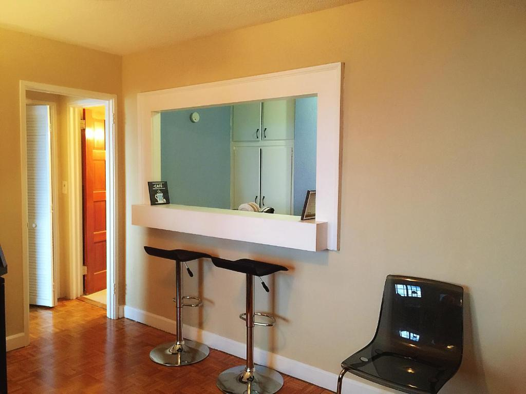 A bathroom at Downtown 1 Bedroom Apt #18H