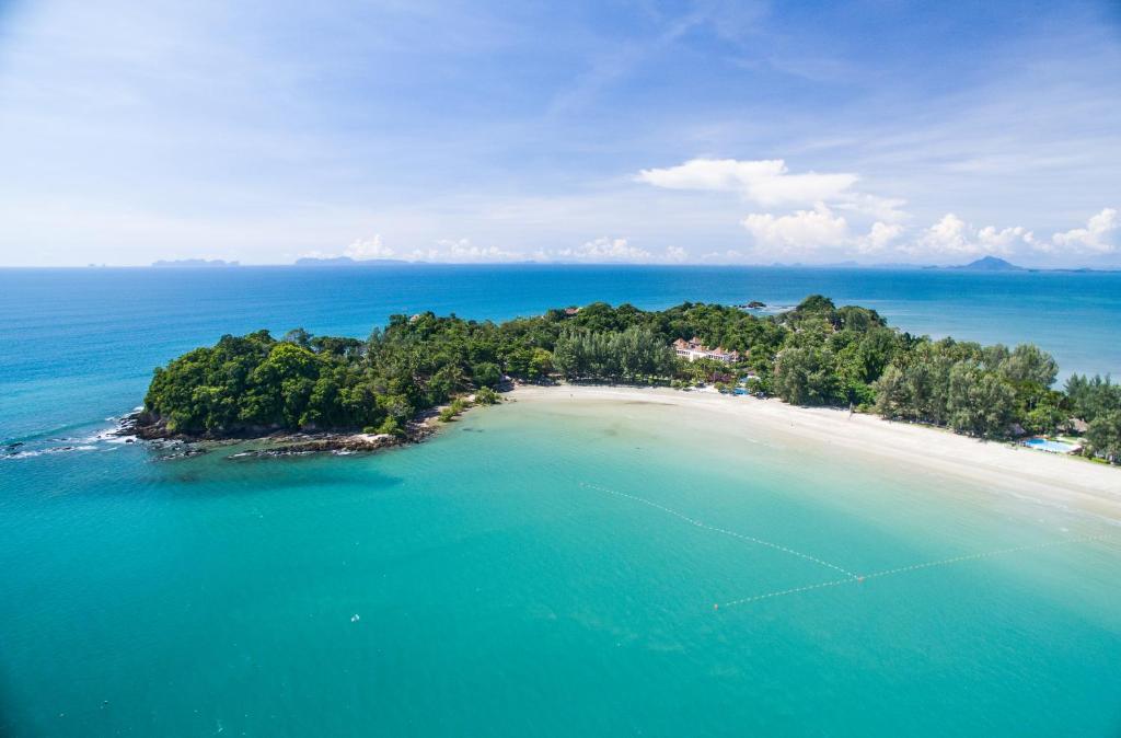 A bird's-eye view of Kaw Kwang Beach Resort