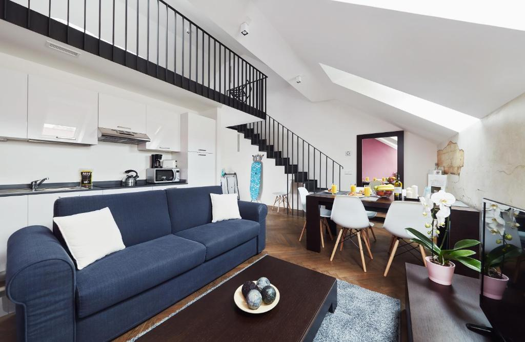 Posezení v ubytování River Prague Apartments