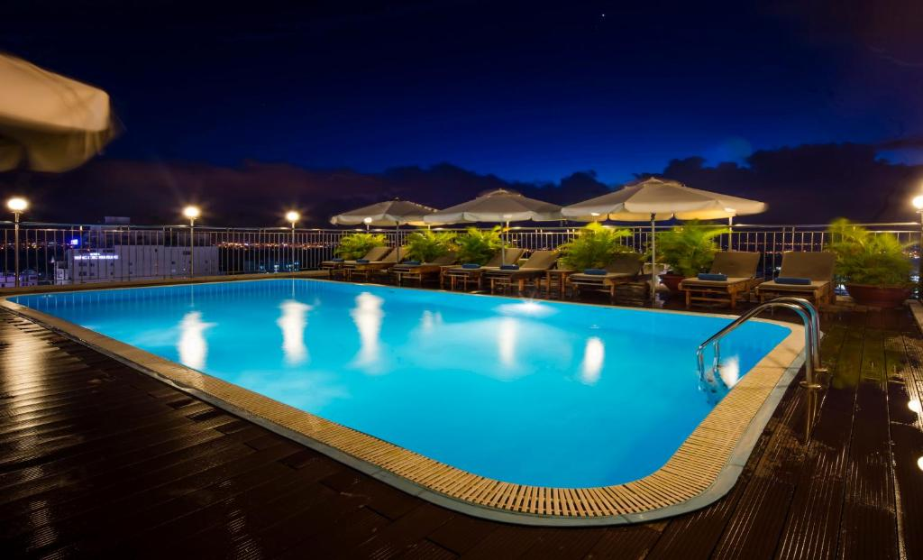 The swimming pool at or close to Galliot Hotel