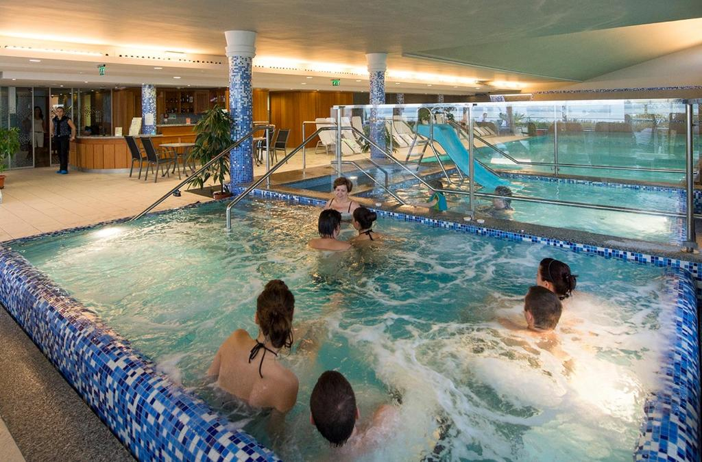 The swimming pool at or close to Zenit Wellness Hotel Balaton