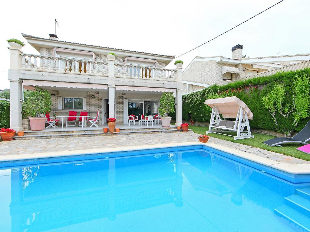 Holiday Home Annamaria 12